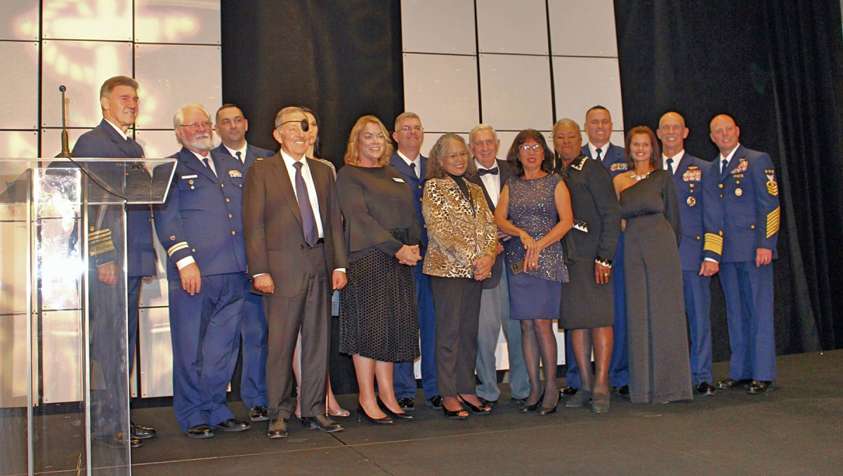 The Coast Guard Foundation presented the Distinguished Leadership Award to Ret. Admiral Thad Allen.