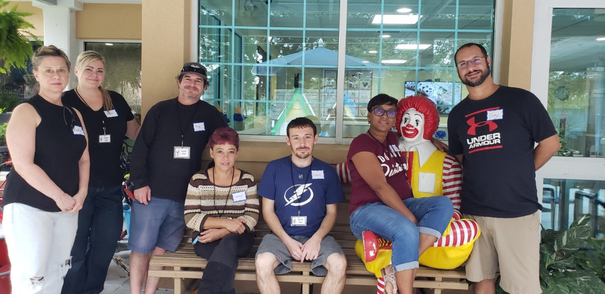 Priority One employees volunteering their time at Suncoast Hospice.