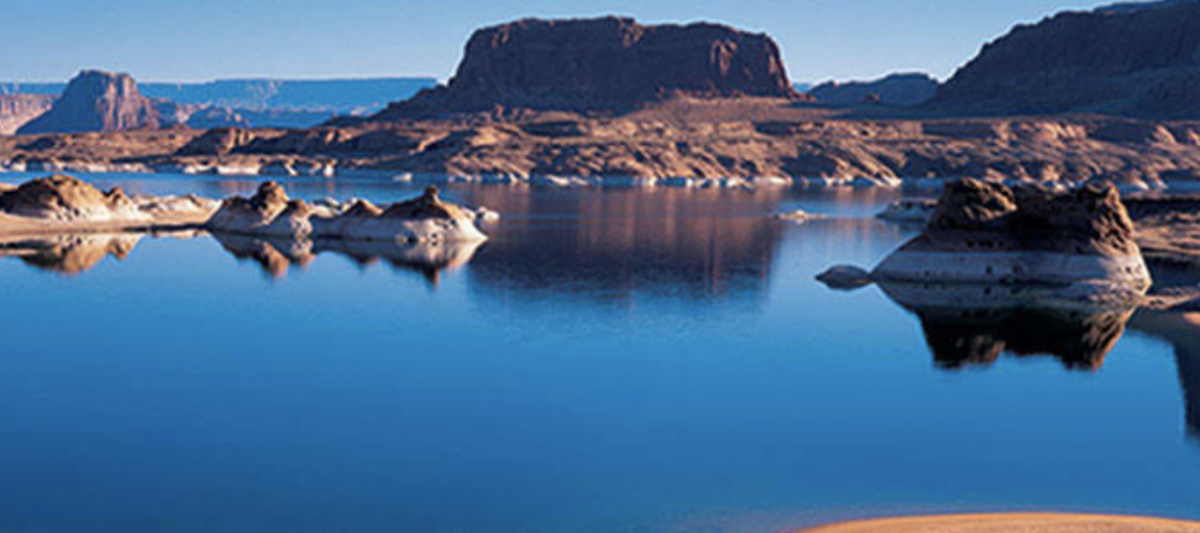 Offering charter flights, Inland Boat Club allows members to access Lake Powell.