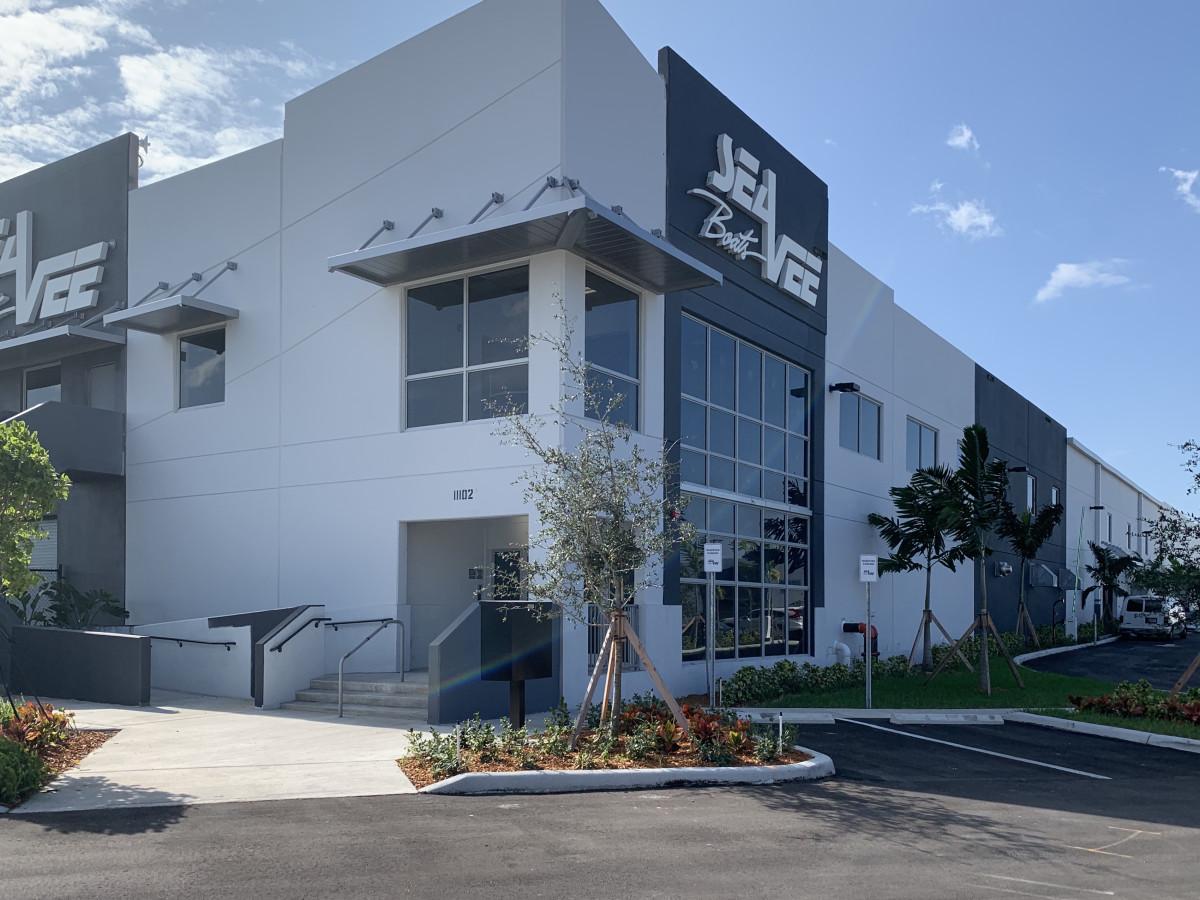 2. SeaVee New Factory_daytime