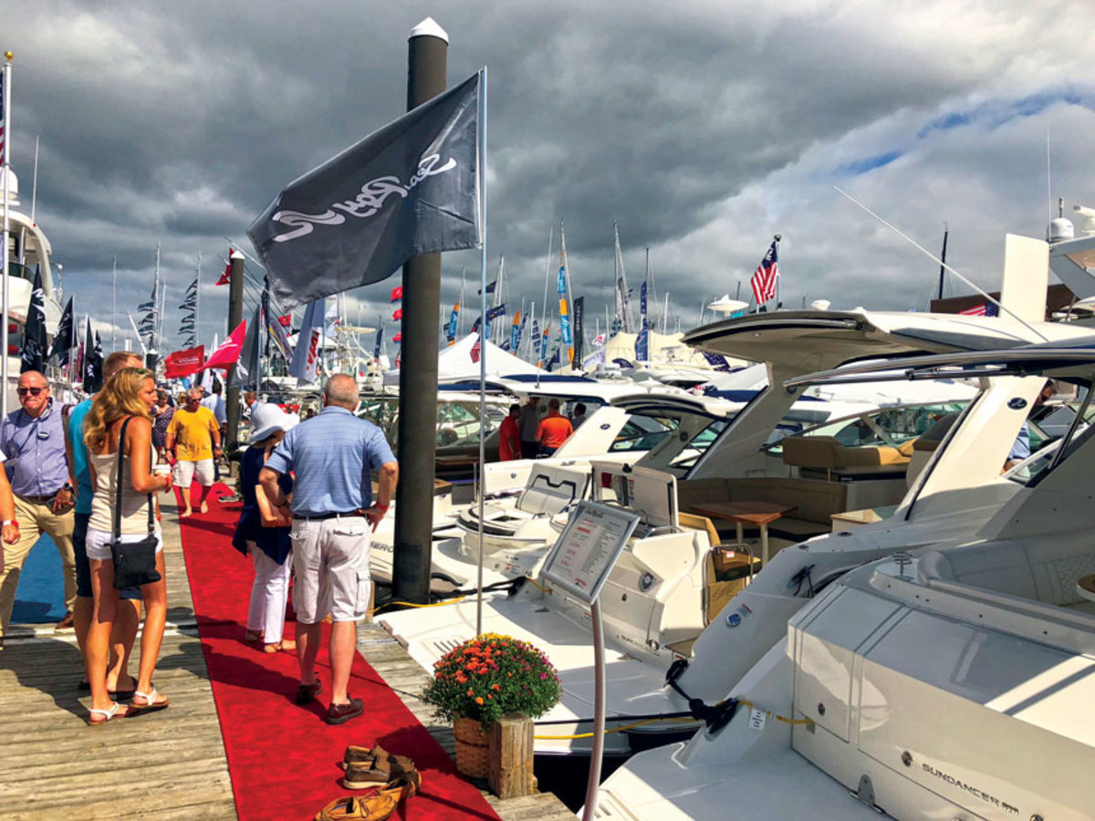 Robust consumer confidence has led to predictions  for big boat show sales.