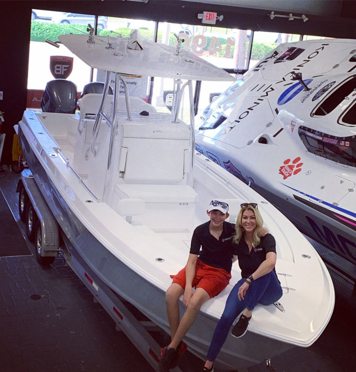 Kim and Chase Sweers on the Contender 28 featured in the video.