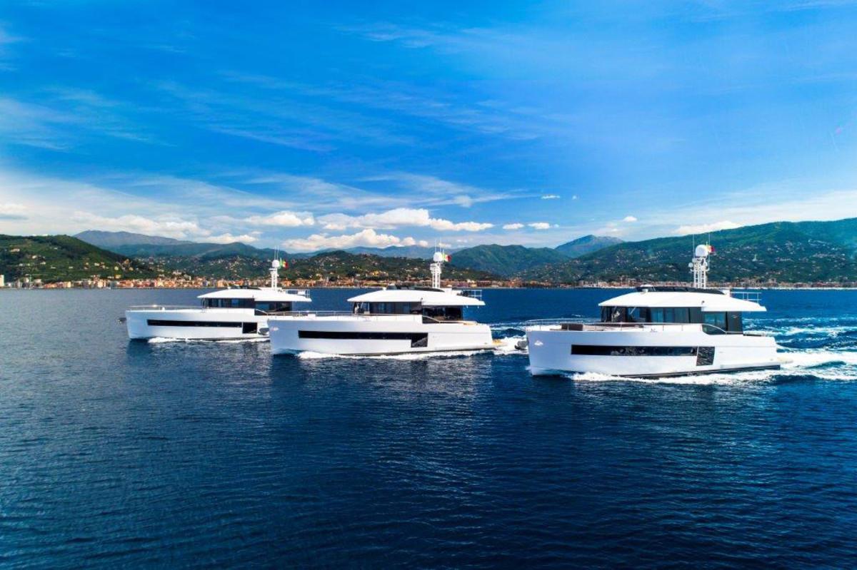LR-Sundeck Yachts_fleet