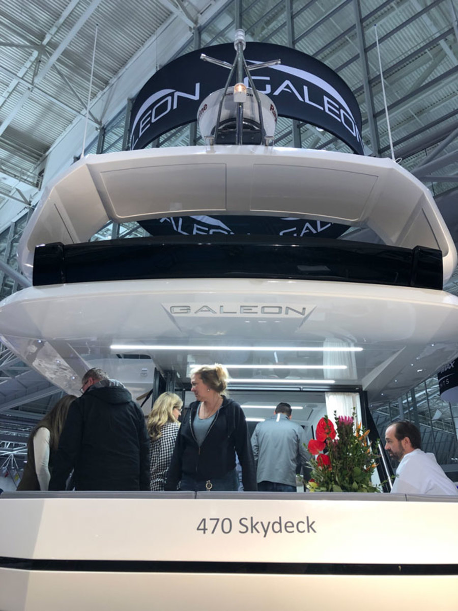 The Galeon 470 Skydeck was the Queen of the Show.