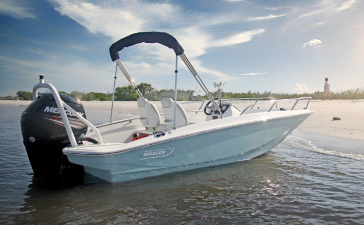 Boston Whaler's 160 Super Sport won an NMMA Innovation Award.