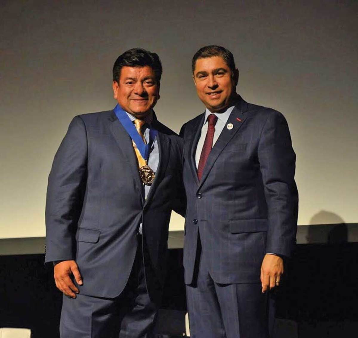 Sandoval (left), with Jorge Ferraez, received a prestigious 2018 Maestro Award recognizing national Latino leaders.