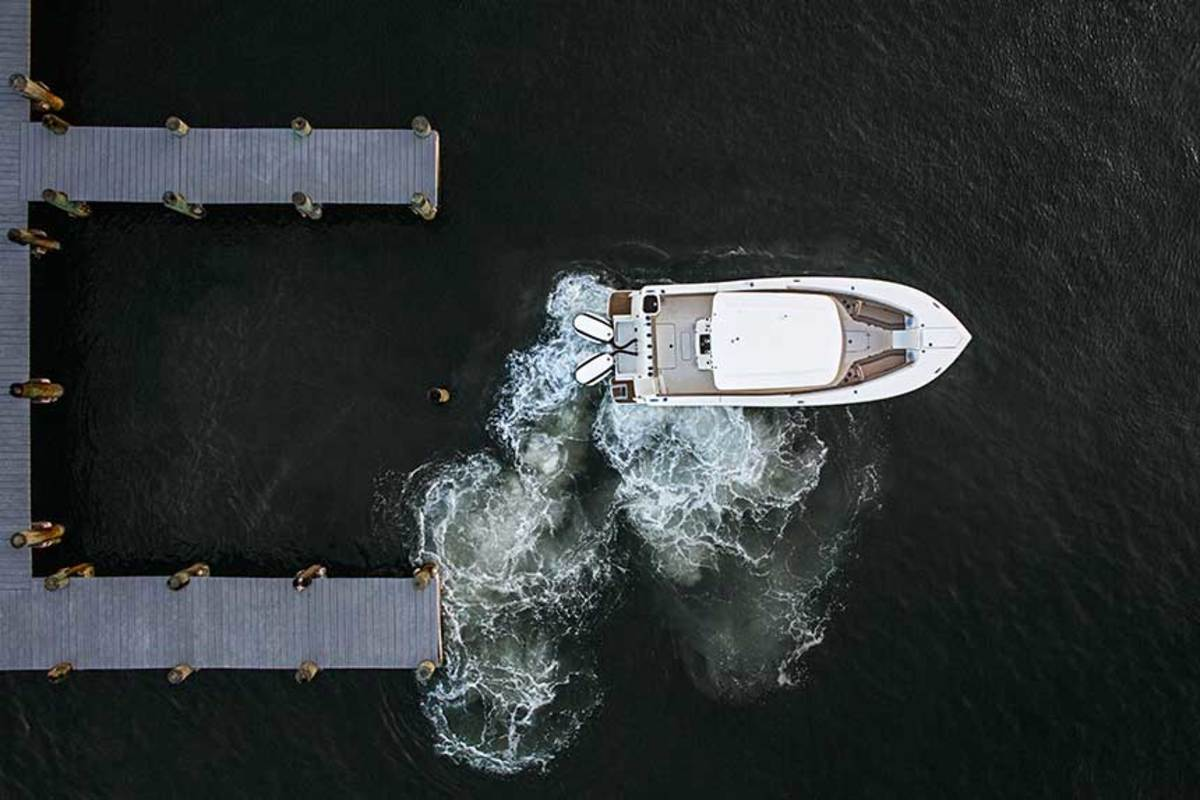 Evinrude's iDock system uses aircraft gyroscopic sensor technology to compensate for wind and current.