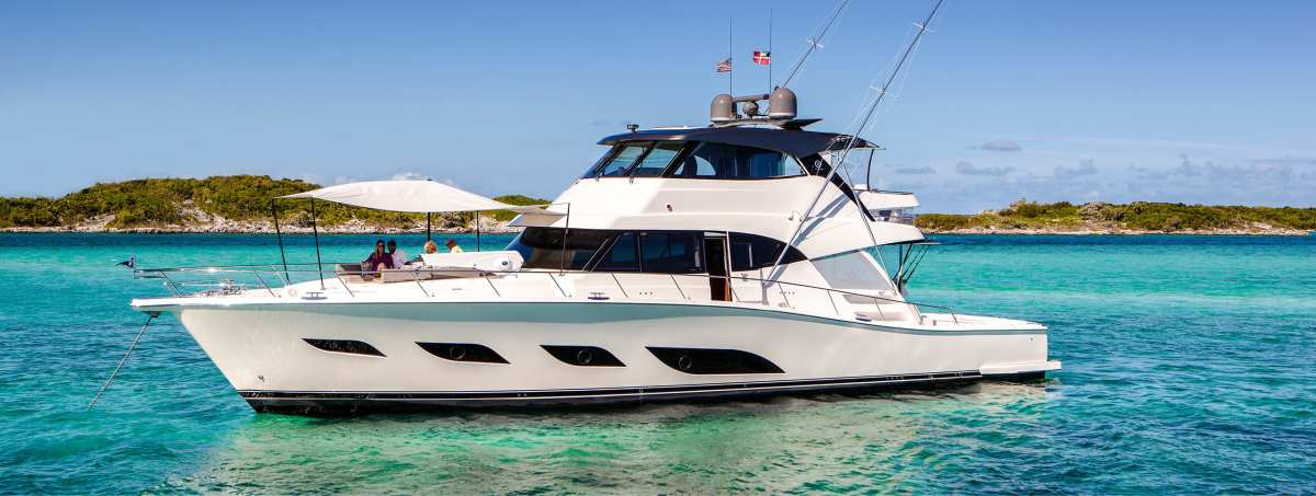 The 72 Sports Motor Yacht is the flagship of the Riviera model line.
