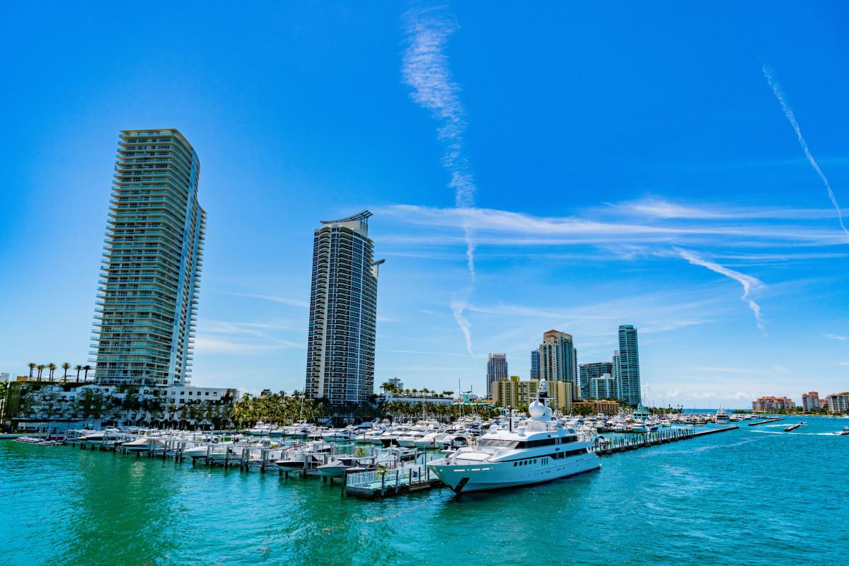 1 MarineMax LEAD PHOTO 1- Miami Beach Marina