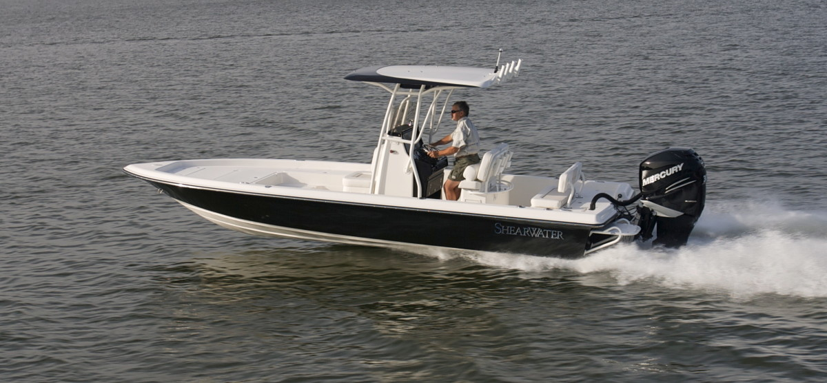 Shearwater's 250 Carolina Bay XTE.