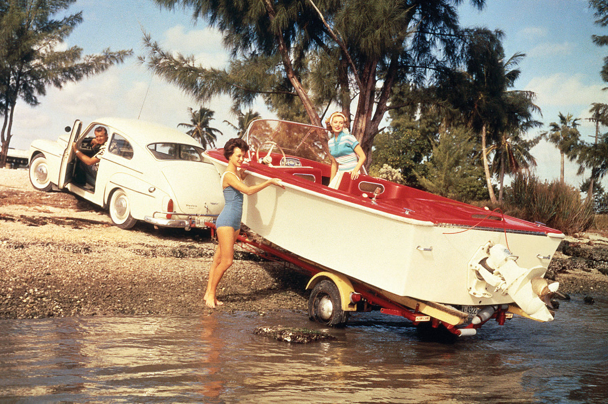 Volvo Penta pioneered the industry's first sterndrive in 1959.
