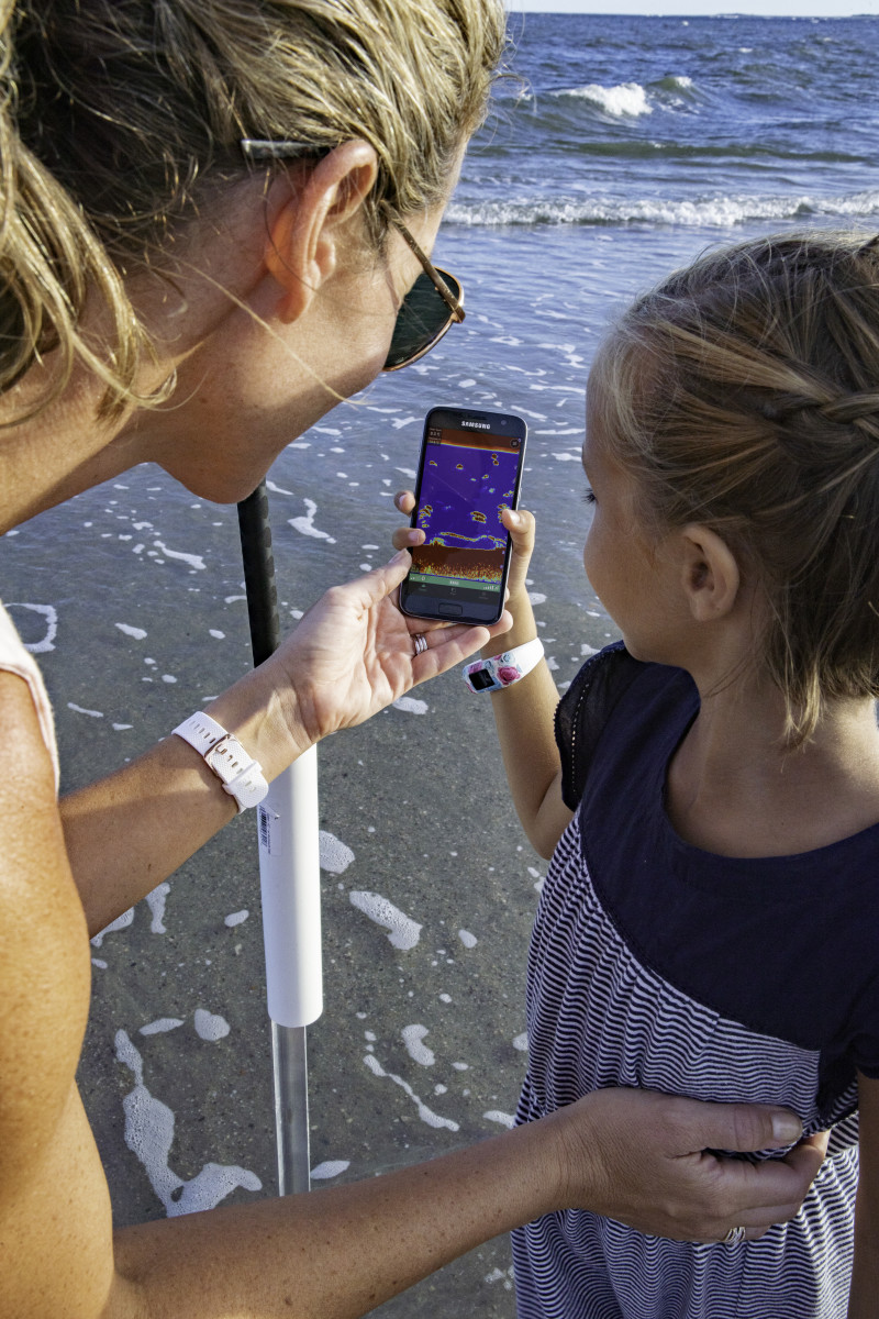Striker Cast turns anglers' phones into castable sonar.