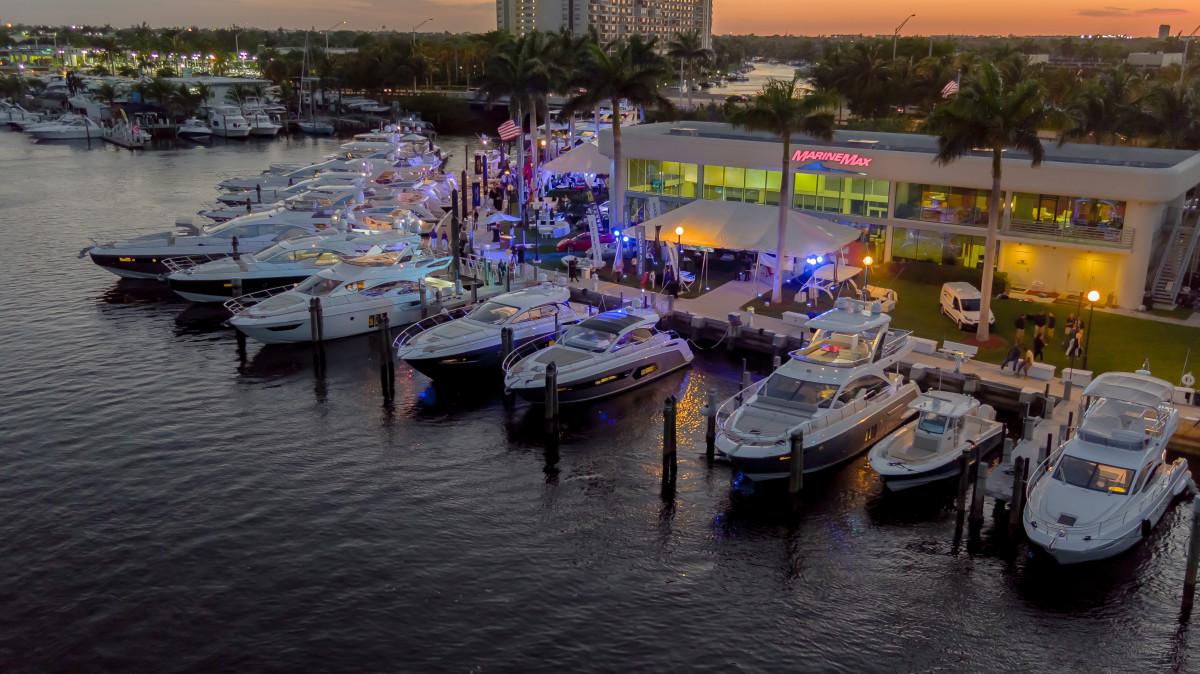 2_MarineMax Yacht Center