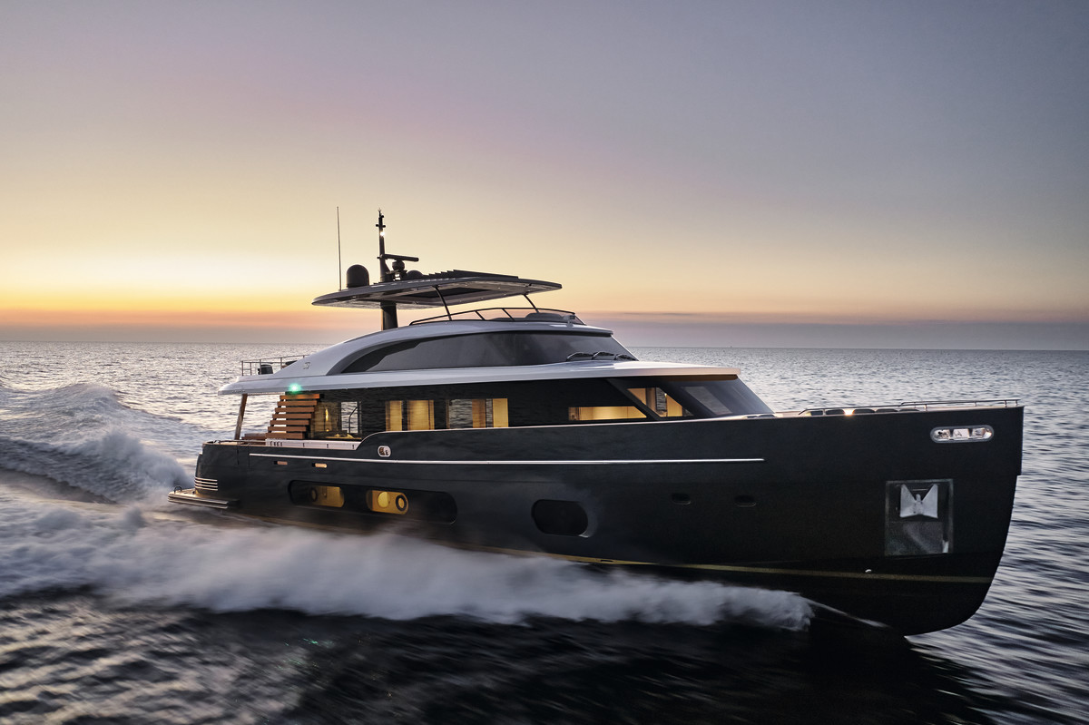 The Magellano 25 Metri from Azimut Yachts.