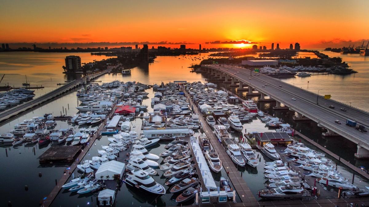 1_MiamiBoatShow