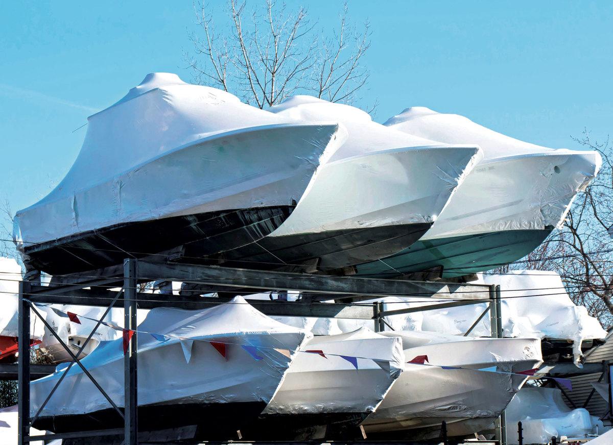 April--May--new-boat-sales-up-59%-AdobeStock_137778822