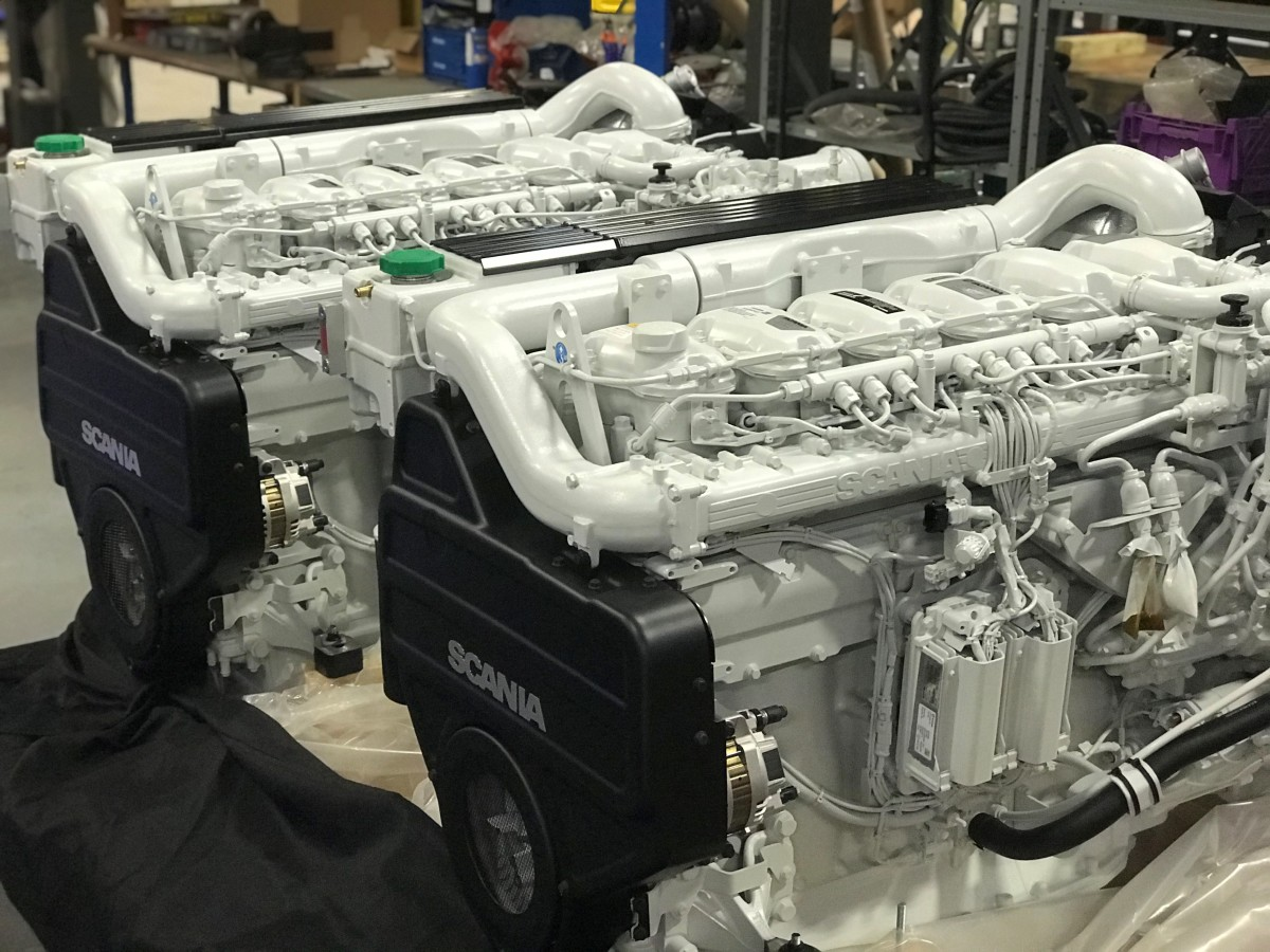 1_Scania_engines