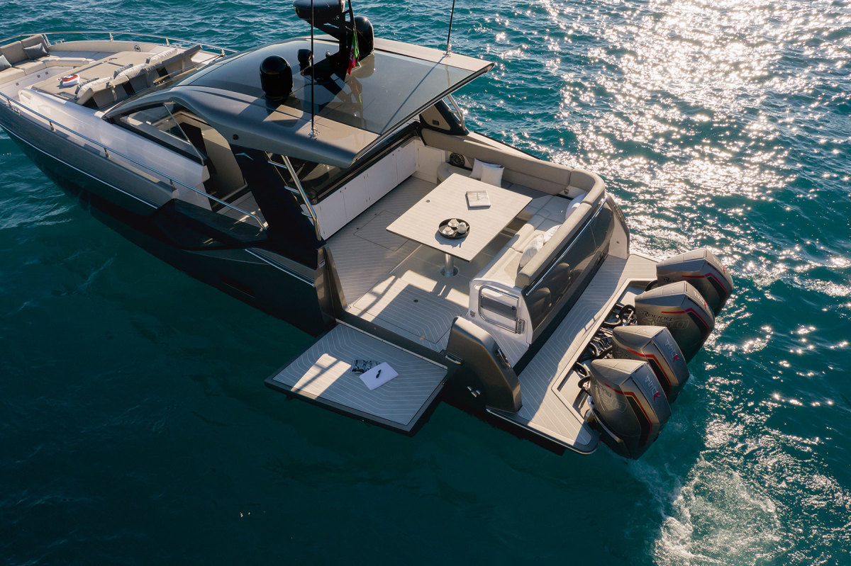 Fold-down hull sides and quad Mercury Racing 450Rs define the Verve 47.