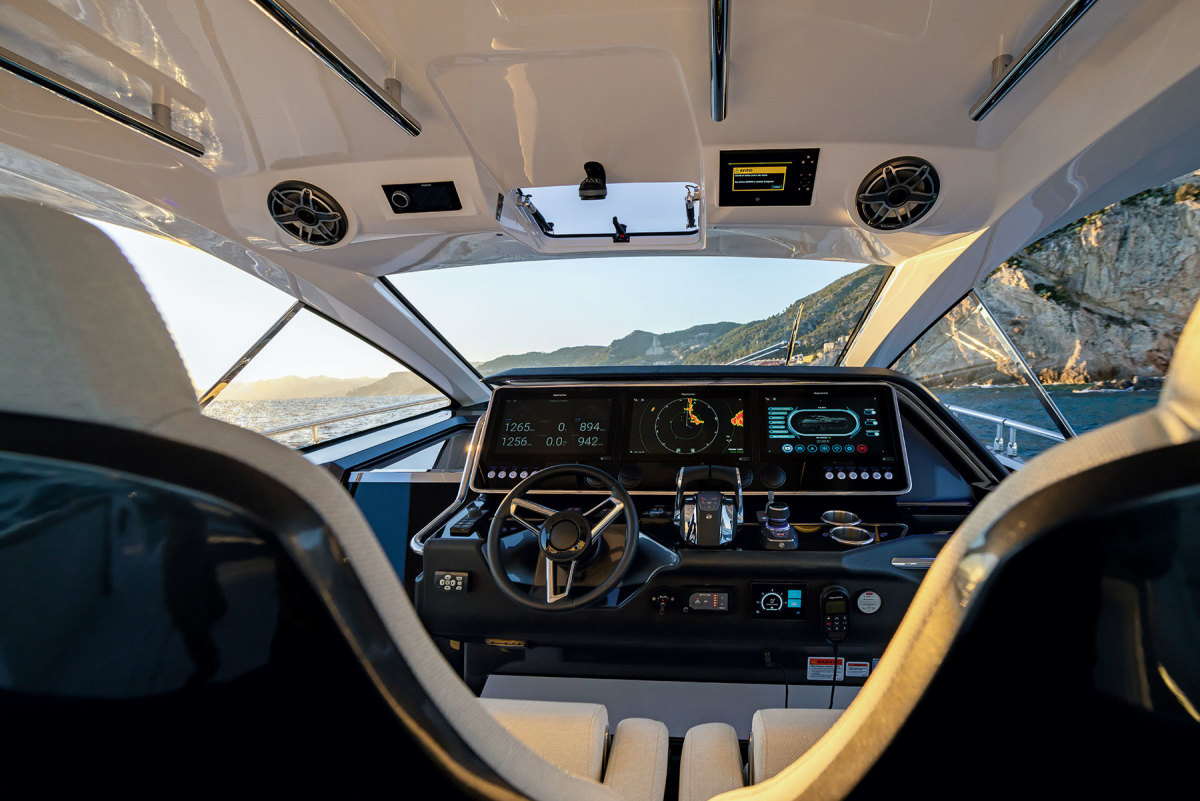 Struglia draws inspiration from the automotive segment, which is evident in the Verve 47's helm.