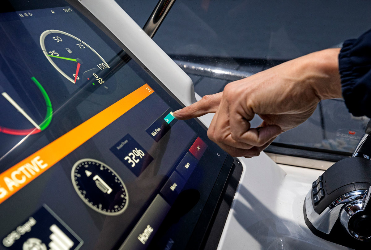 The system (shown here on an MFD) won't dock the boat for you, but when tide and wind
