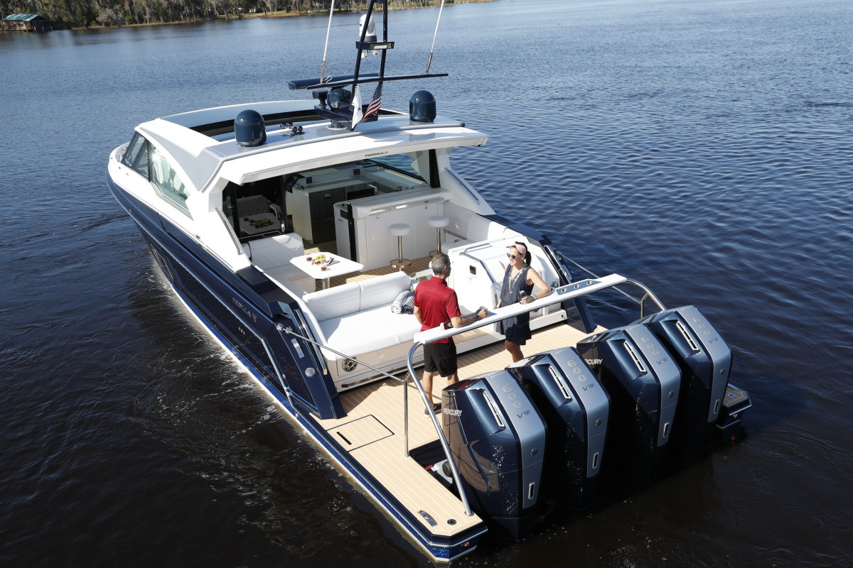 The outboard was designed for big boats, such as the Formula 500 Super Sport Crossover, that require serious power.