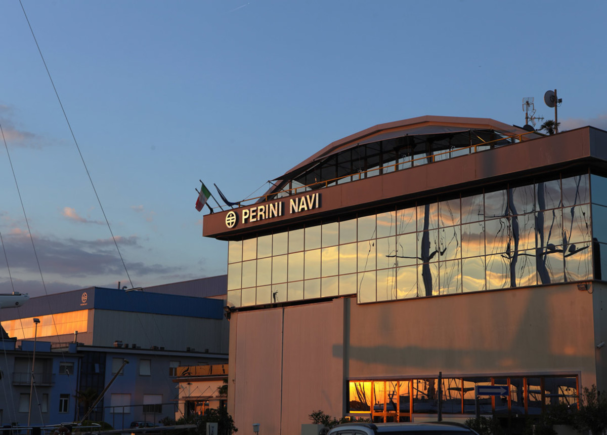 1_Perini-Navi-HQ-rszd