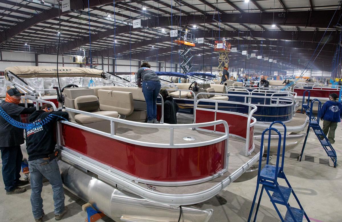 1_Tracker_Bolivar Boat Plant
