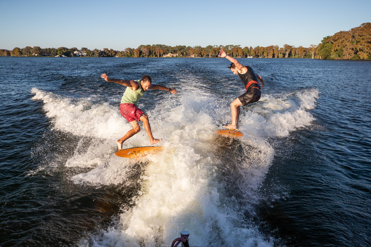 With the Waketoon system, two surfers can ride at the same time.