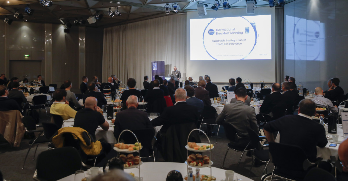Around 180 people gathered ahead of the Düsseldorf show to hear how boating could become more sustainable.