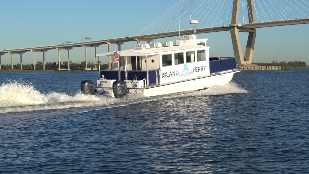 Charleston Water Taxi co-owner Chip Deaton chose Yamaha V8 XTO Offshore outboards for the 40-passenger Daniel Island Ferry.