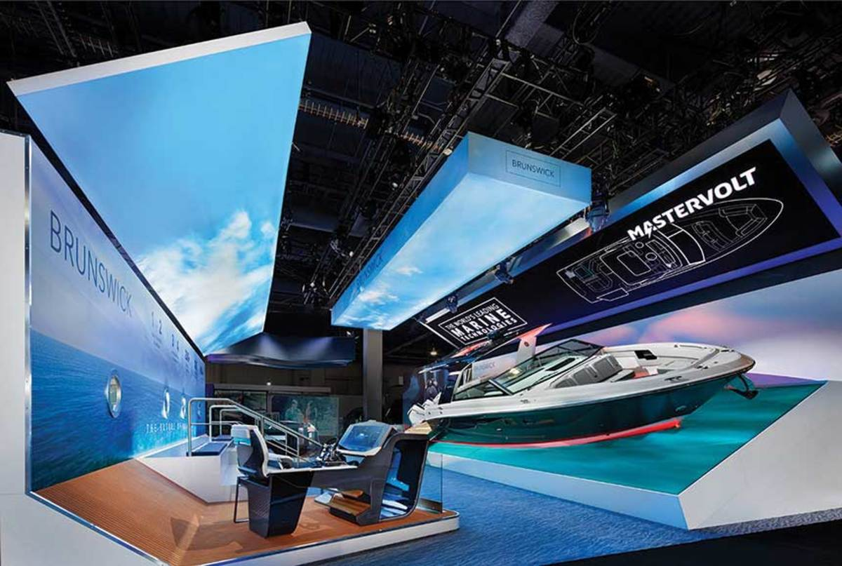 Brunswick showcased its technological advances at CES with the Sea Ray SLX-R 400e. An interactive replica of the helm allowed visitors to experience the boat's electronic capabilities.