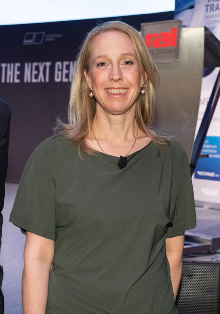 Irene Dros