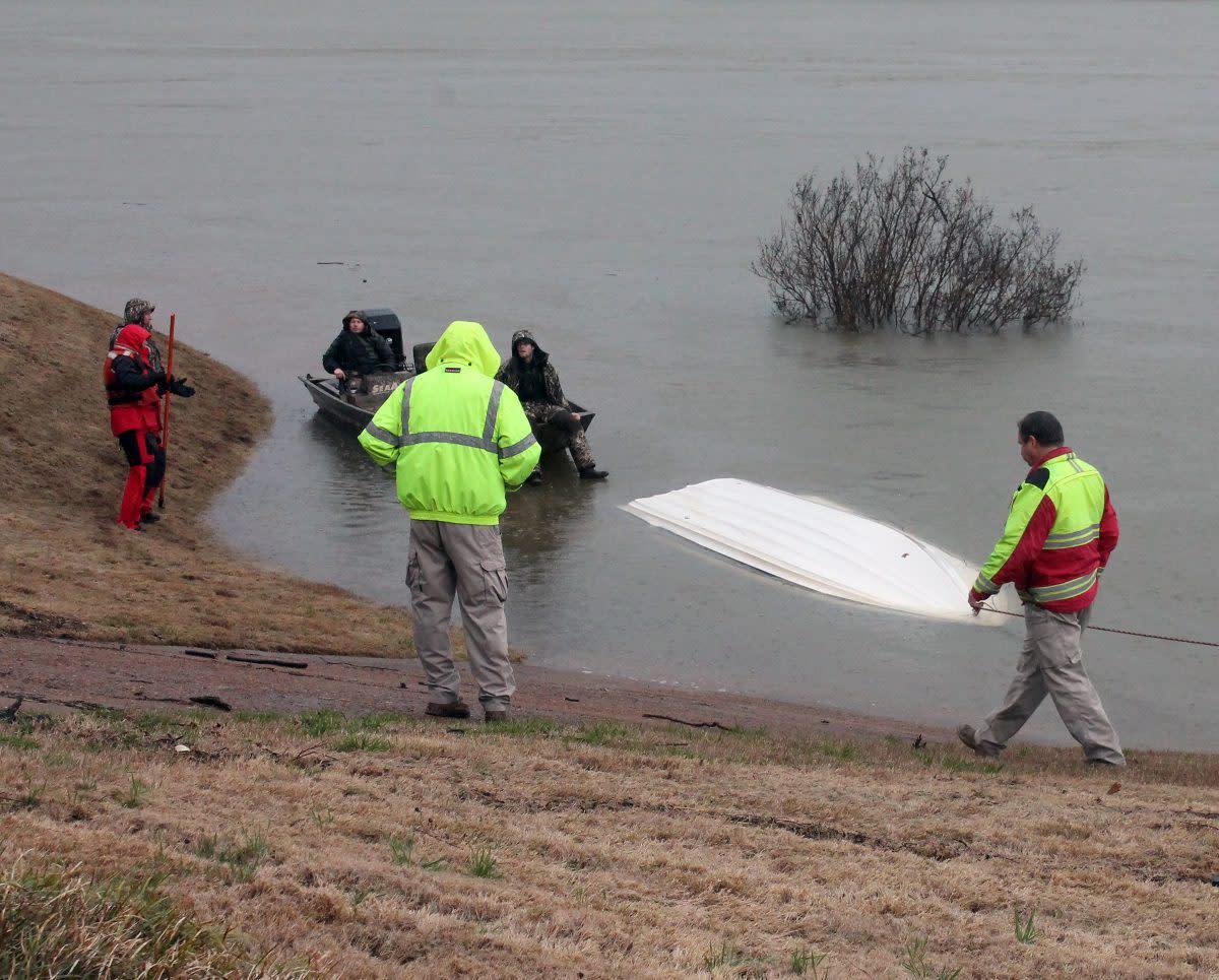 overturned-boat