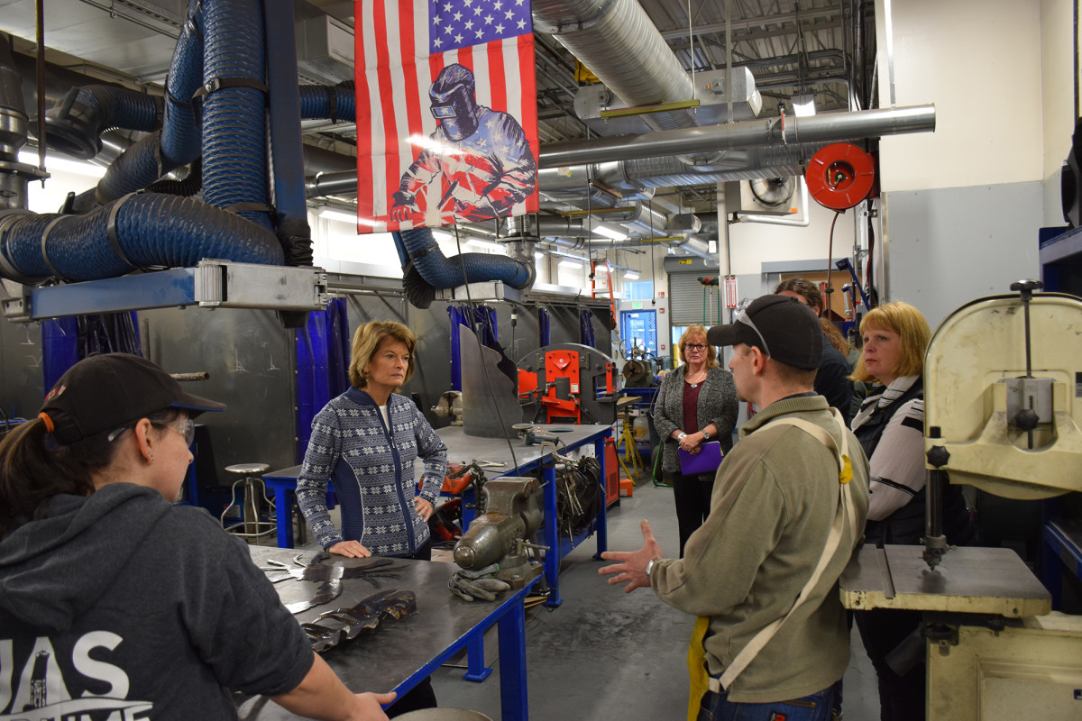 Sen. Murkowski tours UAS Ketchikan Maritime Center Welding Lab.