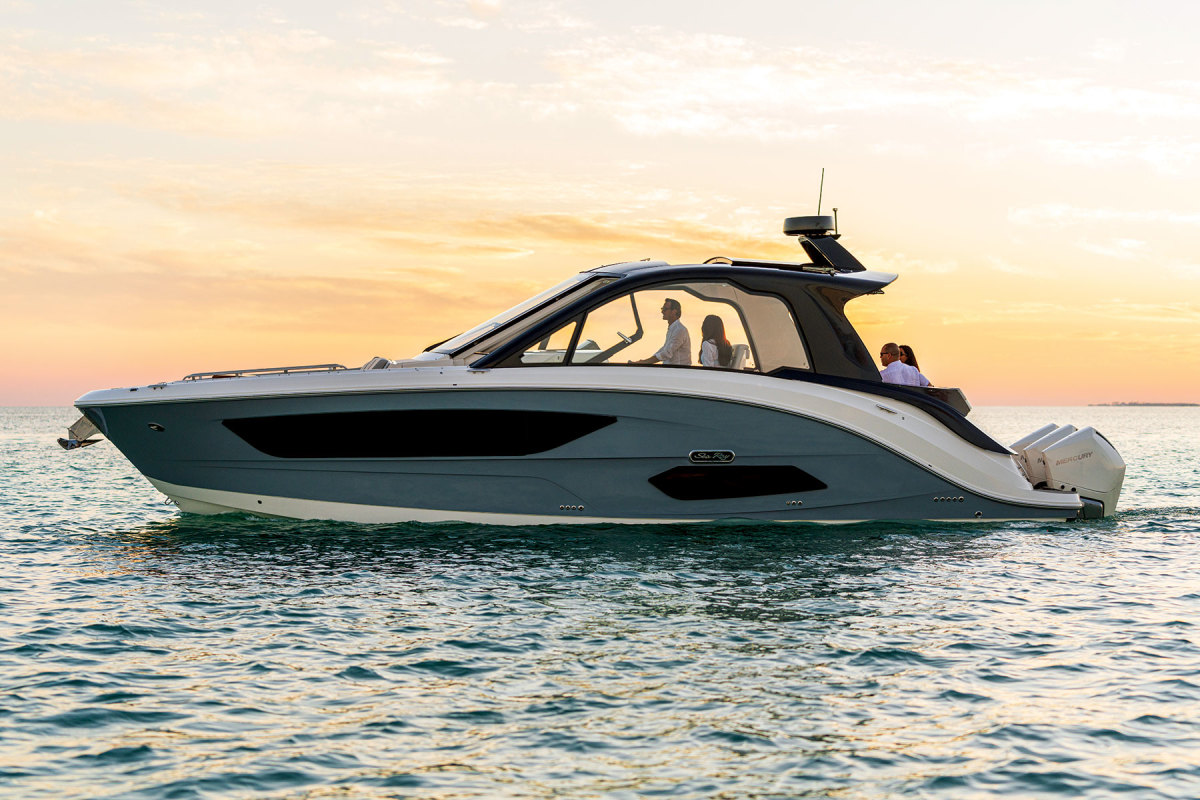 The 370 Sundancer, which launched earlier this year,  is the first Sea Ray model  to incorporate cues  from Designworks.