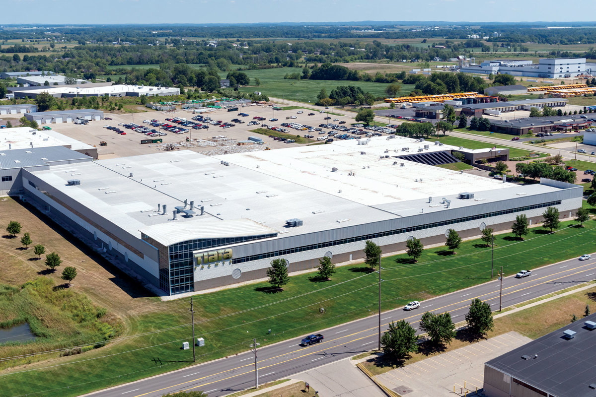 Tiara employs more than 600 people at its 800,000-square-foot manufacturing facility in Holland, Mich. The company plans to splash an inboard 55-footer in 2022.