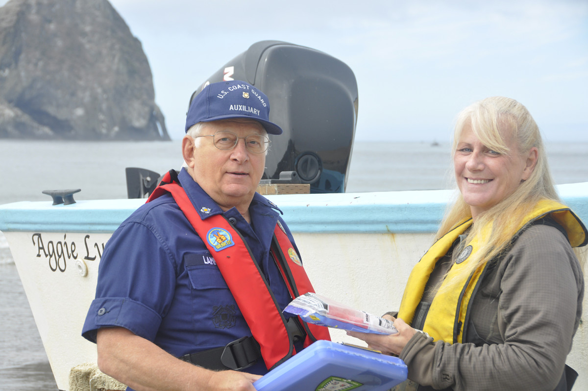 BoatUS and U.S. Power Squadrons are mobilizing volunteers to conduct the vessel safety checks. Photo courtesy Coast Guard Auxiliary.