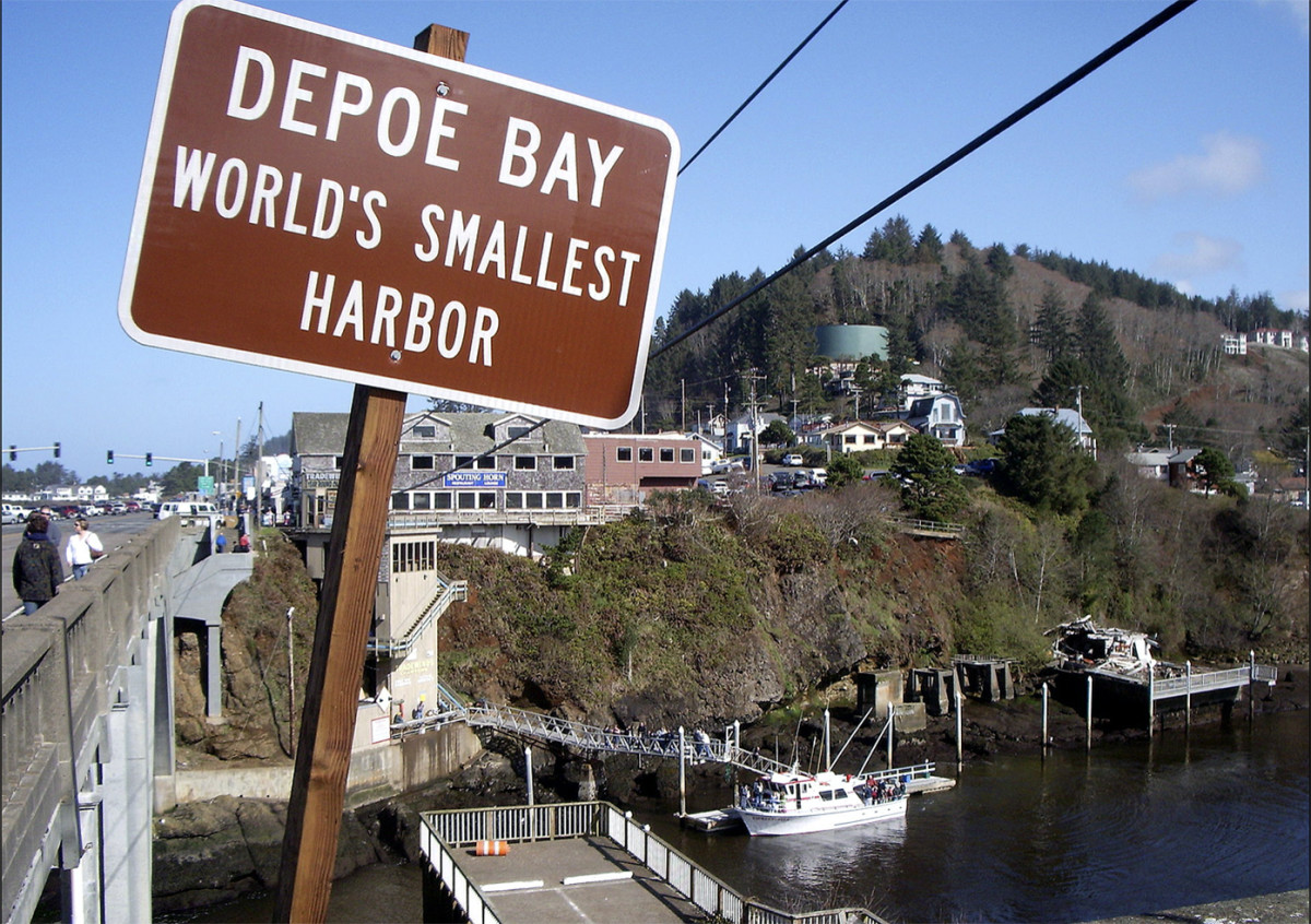 US Harbors_Depoe Bay