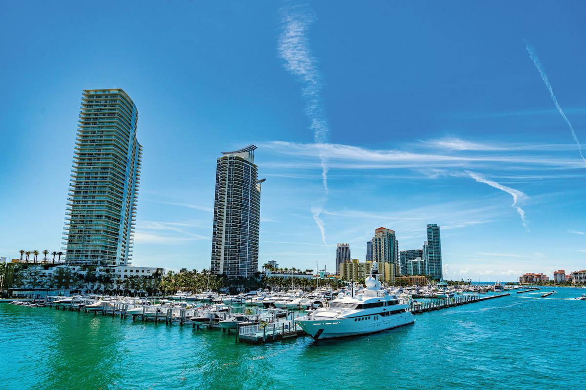 2 MarineMax_Miami Beach Marina