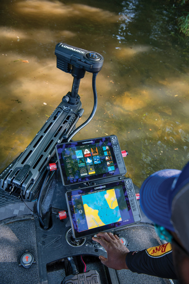 2_Lowrance-Ghost_Lifestyle10