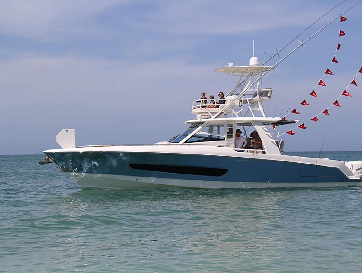 4_Boston_Whaler boat_1494