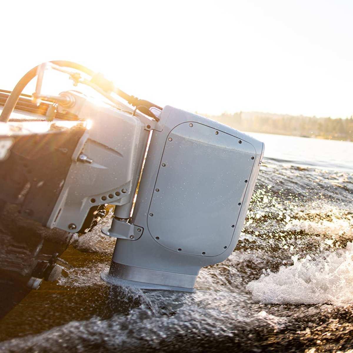 1_Electric_pure_watercraft