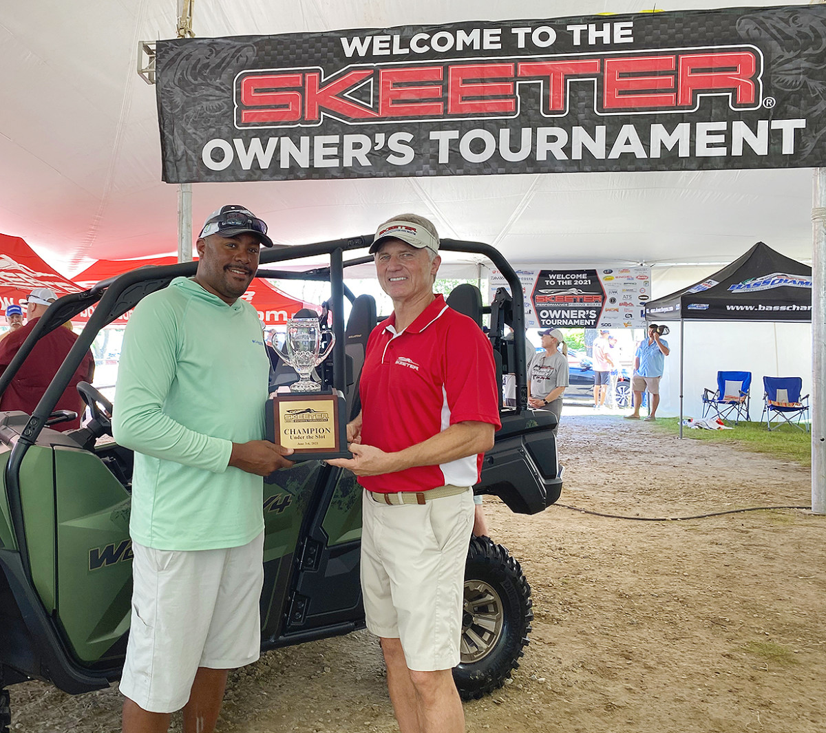 Timothy McNeal with Jeff Stone, sr. vice president and general manager, Skeeter Boats