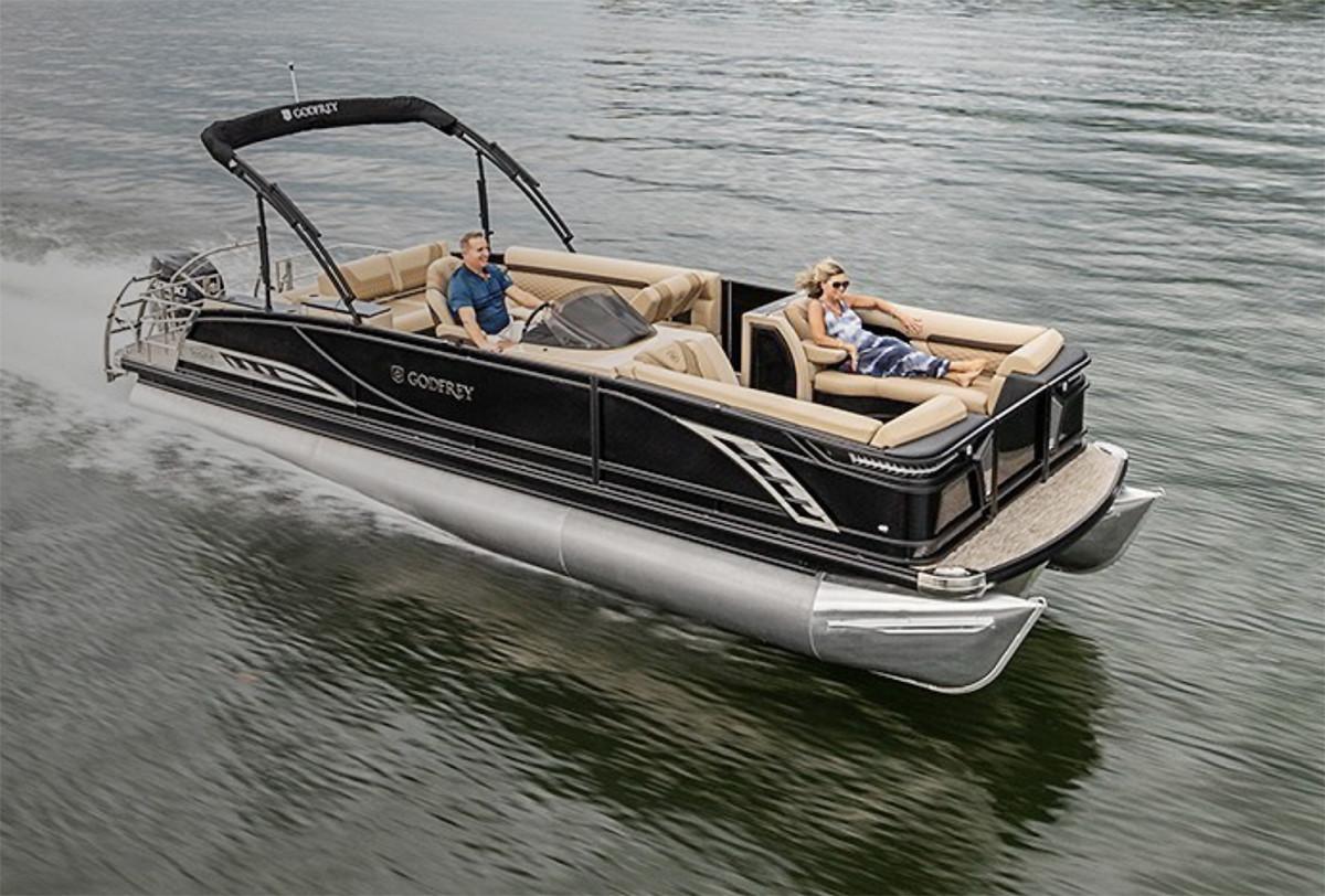 2_Godfrey Boat