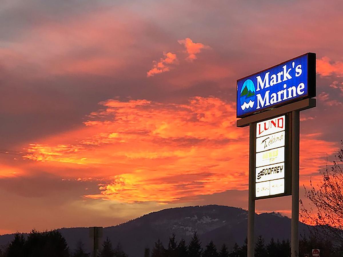 3b_Mark's-Marine