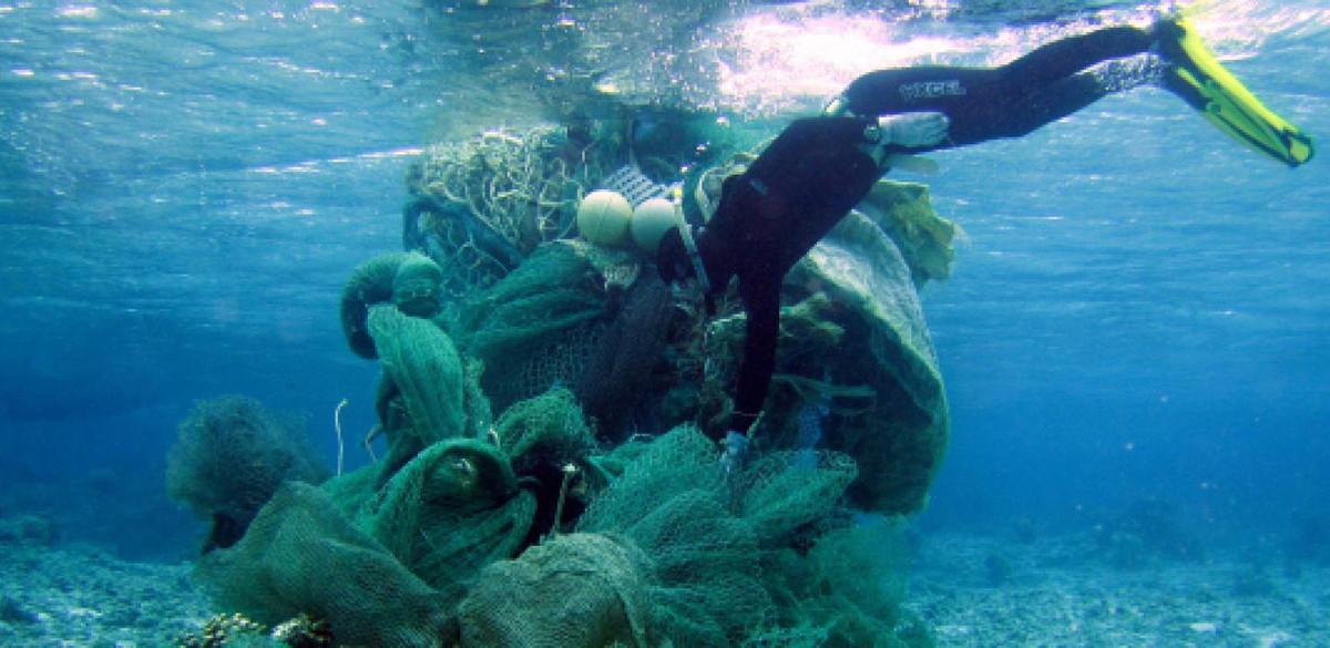 NFWF_marine-debris-diver